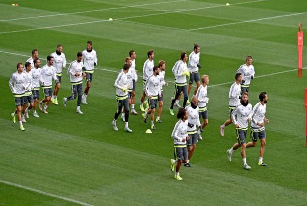 Persiapan Formasi Saat Melawan Sevilla 9 Agustus 2016
