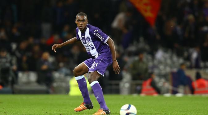 Madrid Bersaing Merebutkan Bek Prancis Dengan Juventus